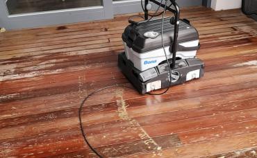 Čistenie terasy