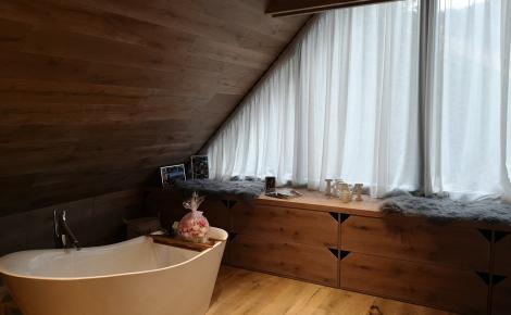 obklad, podlaha a int.nábytok na mieru, dub